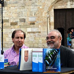 imatge de Francesc Ferrer Escrivà y Rafael Arnal > L'estima per la cultura d'un poble, de Francesc Ferrer Pastor
