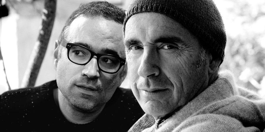 imatge de  Lluís Llach i Xavi Sarrià > De la partitura al foli en blanc. Vertigen?
