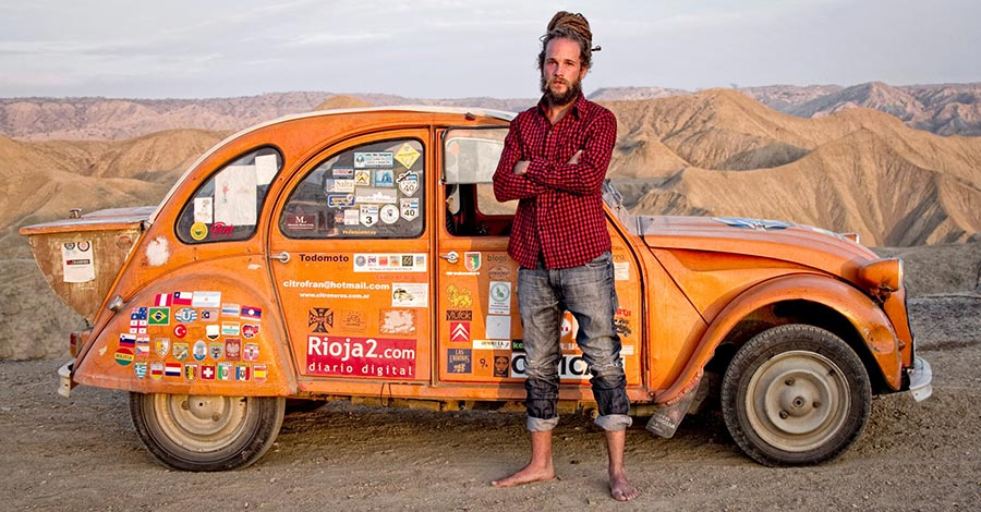 imatge de  Jorge Sierra > Around the globe on board a '78 Citroën 2CV